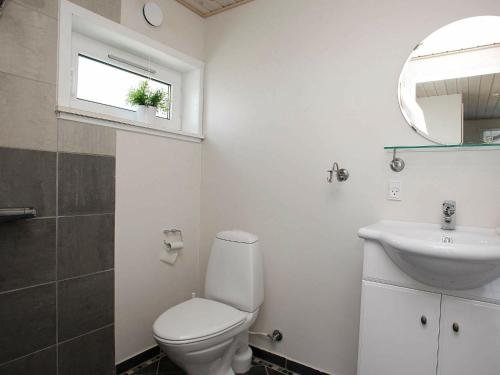 Three-Bedroom Holiday home in Brovst 35 - фото 6