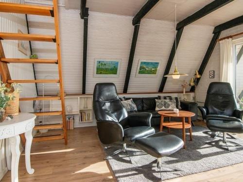 Three-Bedroom Holiday home in Haderslev 8 - фото 5