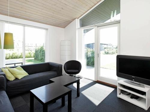Three-Bedroom Holiday home in Haderslev 10 - фото 2