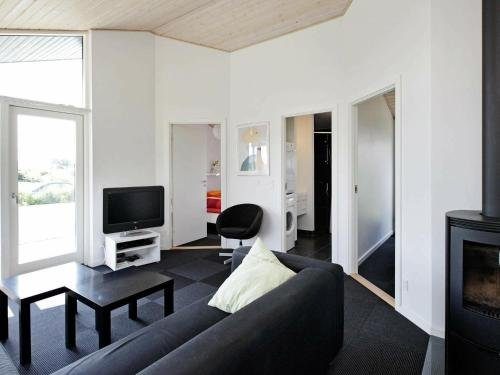 Three-Bedroom Holiday home in Haderslev 10 - фото 3