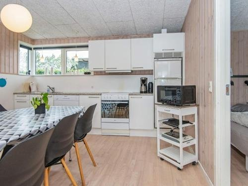 Three-Bedroom Holiday home in Haderslev 23 - фото 10