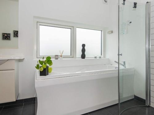 Three-Bedroom Holiday home in Haderslev 23 - фото 13