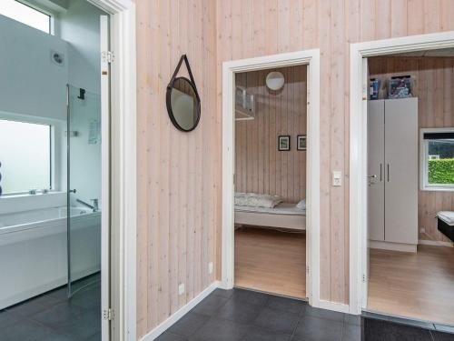Three-Bedroom Holiday home in Haderslev 23 - фото 19
