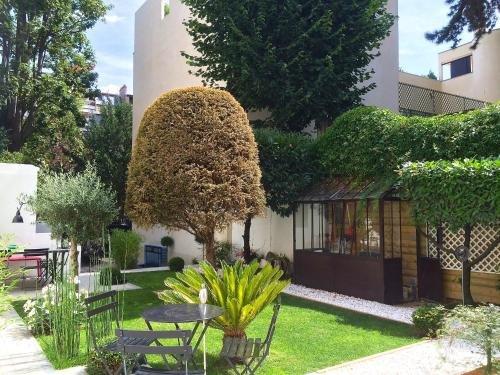 Villa du Square, Luxury Guest House - фото 15