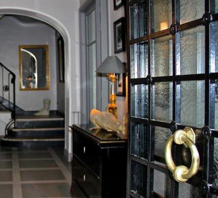 Villa du Square, Luxury Guest House - фото 8