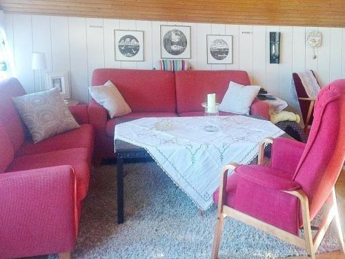 Three-Bedroom Holiday home in Svolvaer 2 - фото 3
