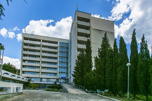 Отель «Голубая волна», Алушта