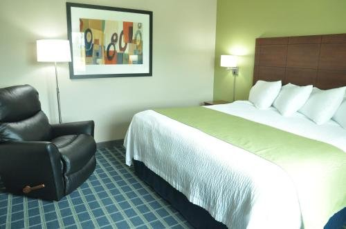 Photo of Brookstone Lodge & Suites