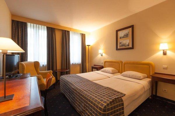 Hotel Villa Royale - фото 1
