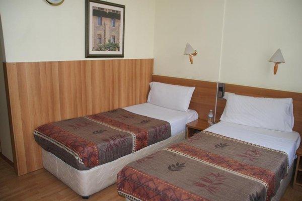 Hotel Aristote - фото 2