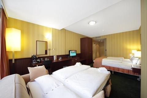 Holiday Inn Hotel Brussels-Schuman - фото 1