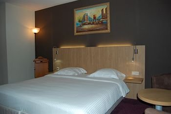 Hotel Euro Capital Brussels - фото 2