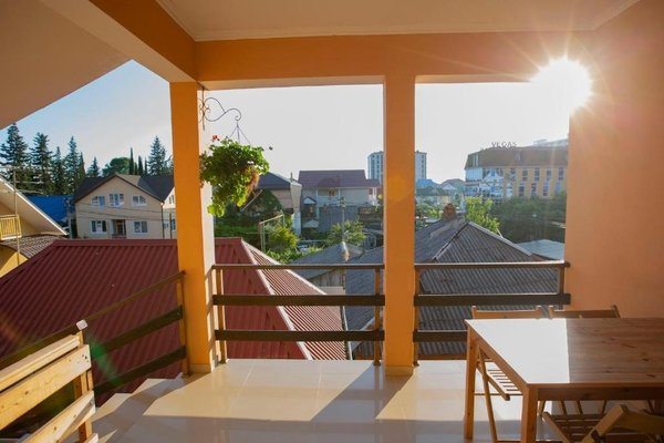 Lora Guest House - фото 4