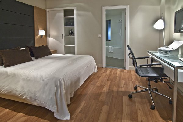 B-aparthotel Montgomery - фото 1