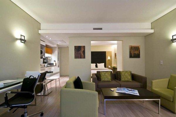 B-aparthotel Grand Place - фото 7