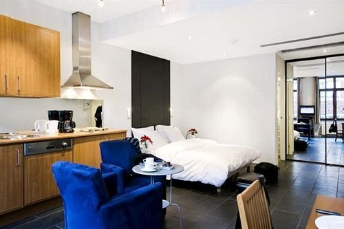 Azimut Flathotel Aparthotel - фото 6