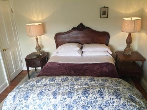 Photo of Hudson City Bed & Breakfast