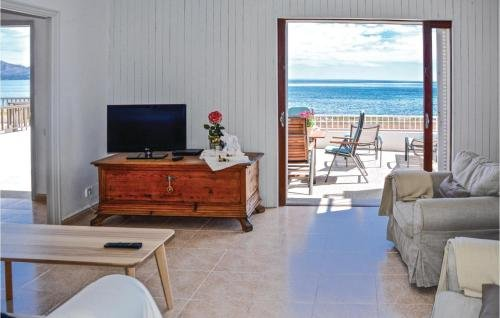 Five-Bedroom Holiday home Can Picafort with Sea View 01 - фото 14