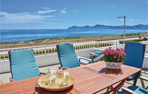 Five-Bedroom Holiday home Can Picafort with Sea View 01 - фото 8