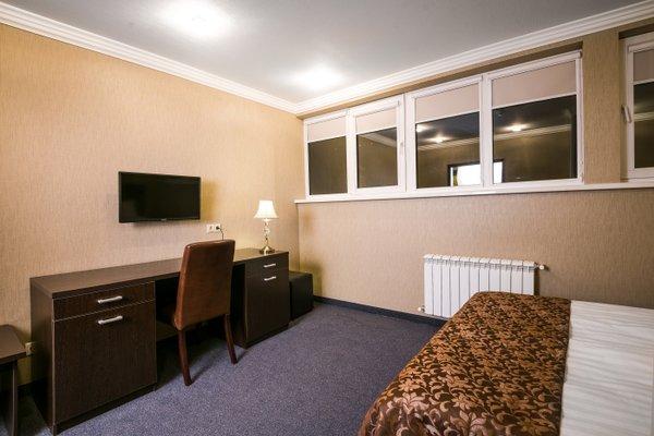 Отель Carat - фото 2