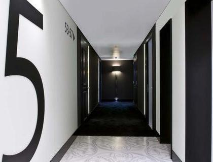 B-aparthotel Regent - фото 13
