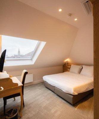 Hans Memling Hotel - фото 4