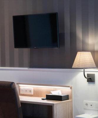 Hans Memling Hotel - фото 5