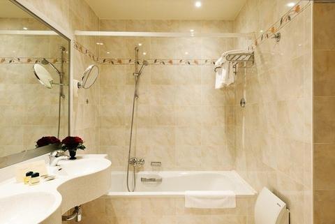 Aragon Apartments - фото 16