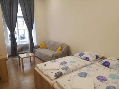 Hostel Opletalova - фото 4