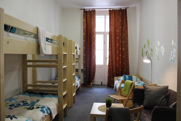 Hostel Opletalova - фото 6