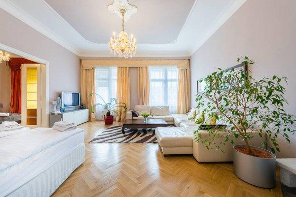 Wenceslas Square Apartment - фото 1