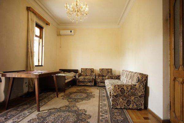 Freedom Hostel Batumi - фото 7
