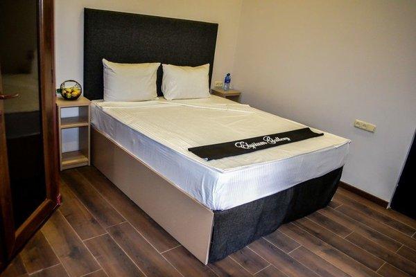 Elysium Gallery Hotel - фото 14
