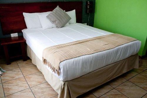 Гостиница «Rivernest Boutique Cottages», Маун