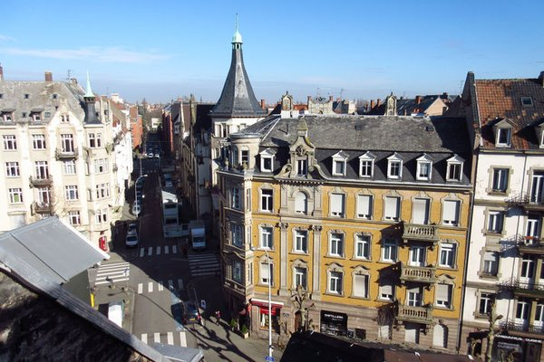 Amazing 2 Bedroom Apartment in Strasbourg - Appartement des Vosges - фото 21