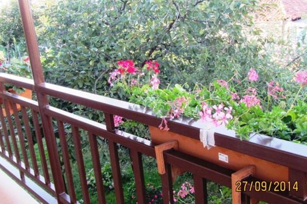 Tinikos Guest House - фото 1