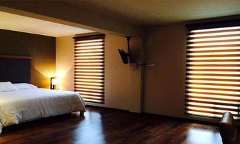 MBM Red Sun Hotel - фото 3
