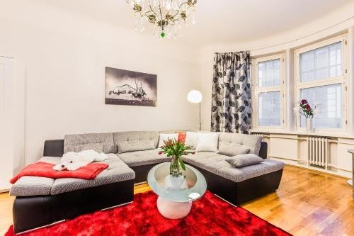 Go Happy Home Apartments - фото 4