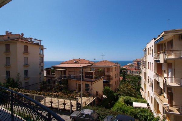 53 Solaro Apartments - фото 4