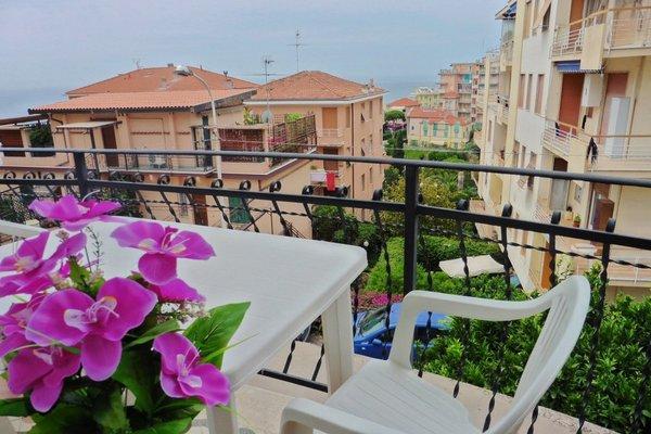 53 Solaro Apartments - фото 7