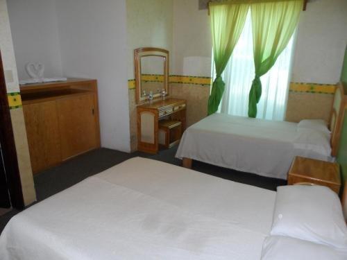 Hotel & Suites Hacienda Montesinos - фото 1