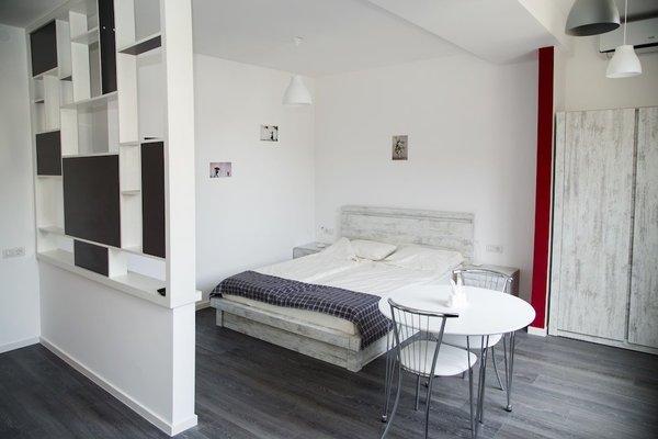 Rent in Yerevan - Apartments on Arami street - фото 10