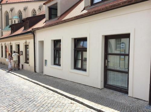 Apartment historical city - фото 5