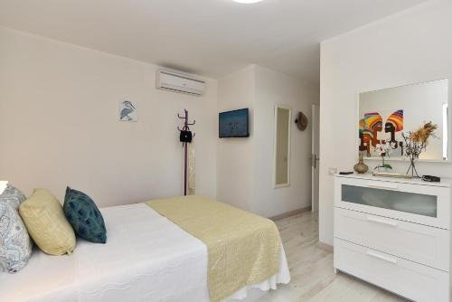 Maspalomas Beach Apartment Charca 1 - фото 12