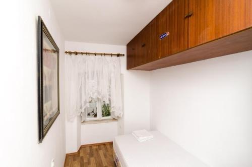 Apartment La Marina - фото 4