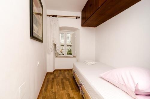 Apartment La Marina - фото 5