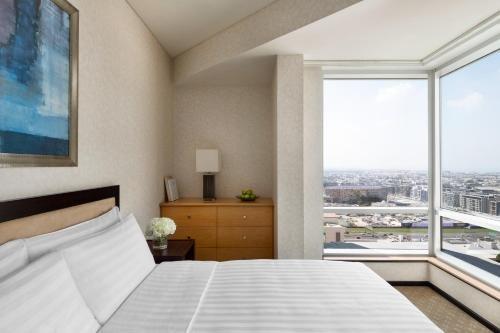 Shangri-La Apartments - фото 2