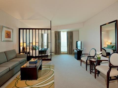 Shangri-La Apartments - фото 7