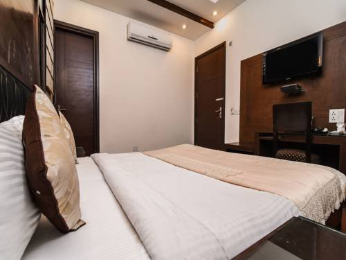Hotel Hari's Court Gurgaon - фото 6