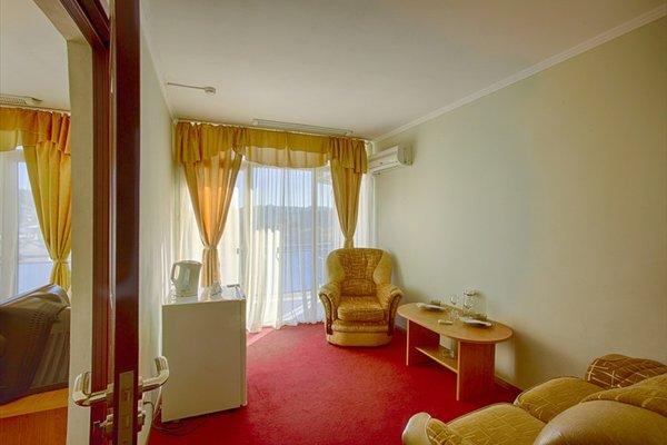 Отель Интер Сухум - фото 4